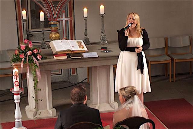 Hochzeitssängerin Melanie