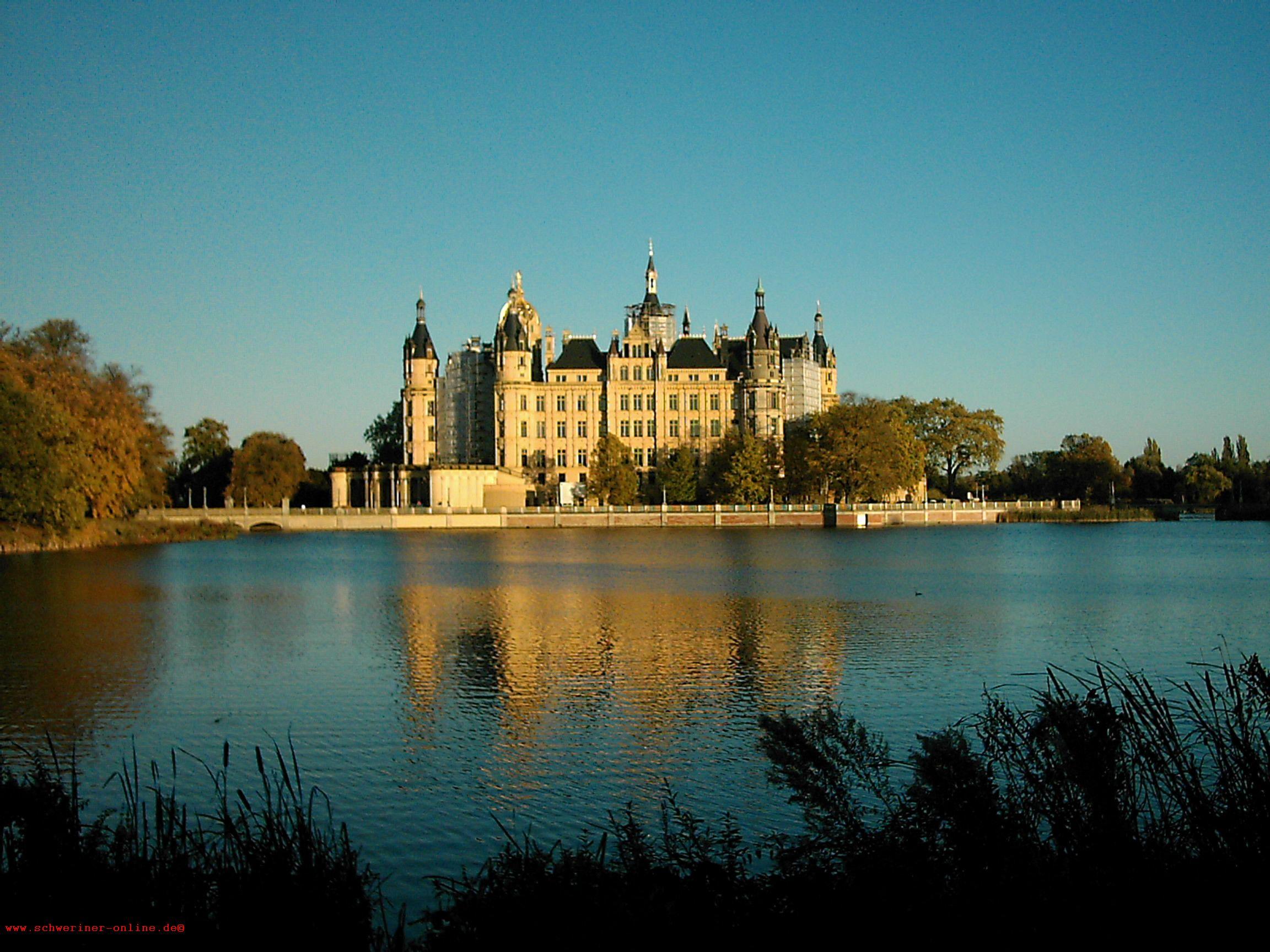 Regina & Thomas, Schweriner Schloss, Juli