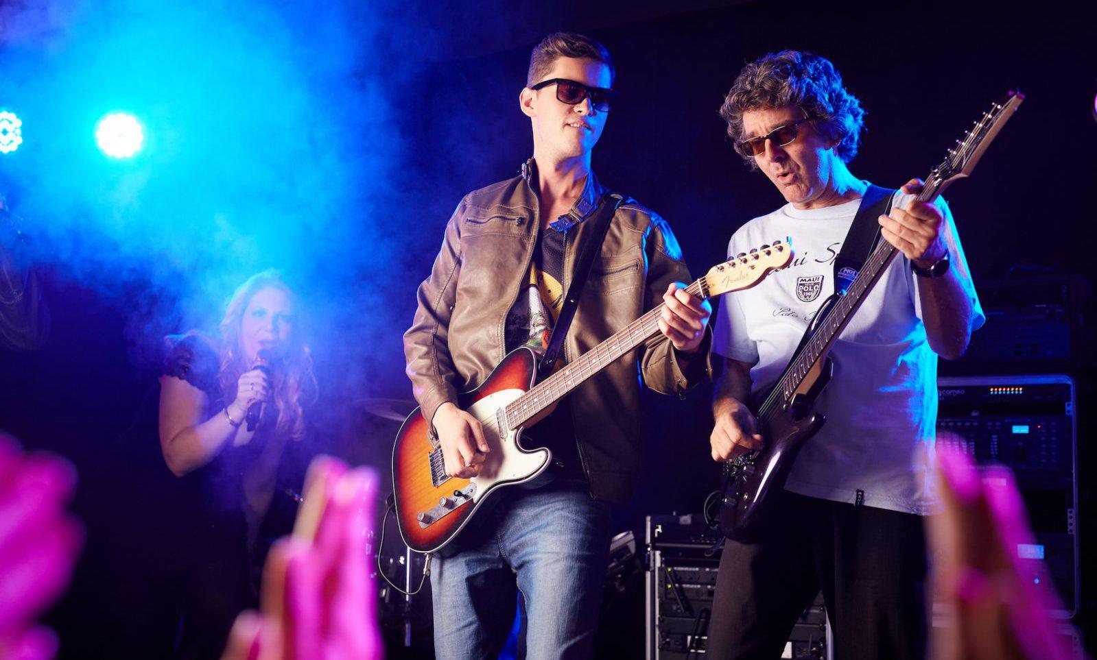 PLANET Partyband LIVE in Hamburg, Schleswig-Holstein, Bremen und Niedersachsen. Ihre Band für Hochzeiten, private Anlässe, Firmen-Events, Messe-Auftritte, Weihnachtsfeiern und Silvester.
