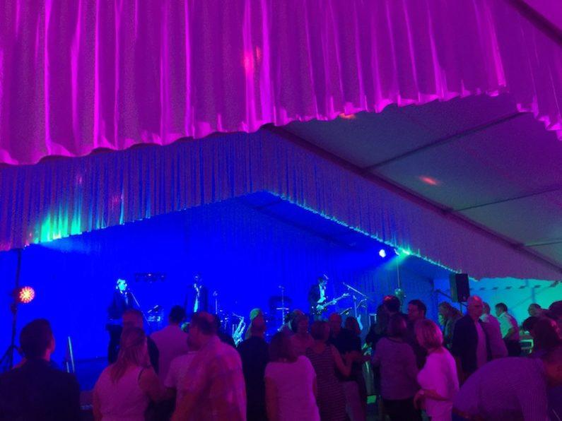 PLANET Partyband LIVE in Osdorf Mai 2018. Ihre Partyband, Tanzband, Coverband, Top40 Band für alle Events, Bälle, Hochzeiten, Firmenfeiern, Geburtstage, Tanzschulen, Partys und Feiern in Hamburg, Schleswig-Holstein, Bremen und Niedersachsen.. und mehr !